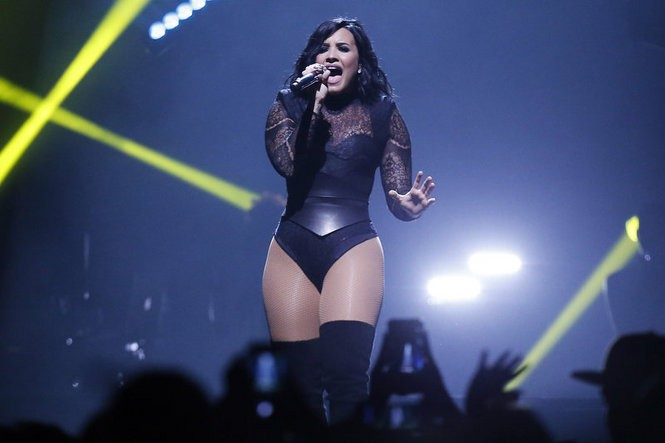 Demi Lovato wows the crowd at the Prudential Center with her vocal stamina. (Alex Remnick   NJ Advance Media for NJ.com)