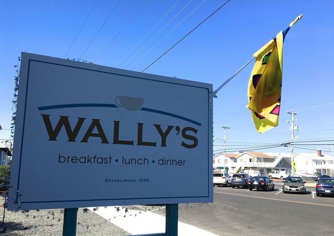 Wally's in Surf City is a favorite breakfast, lunch, and dinner spot for locals and visitors alike.