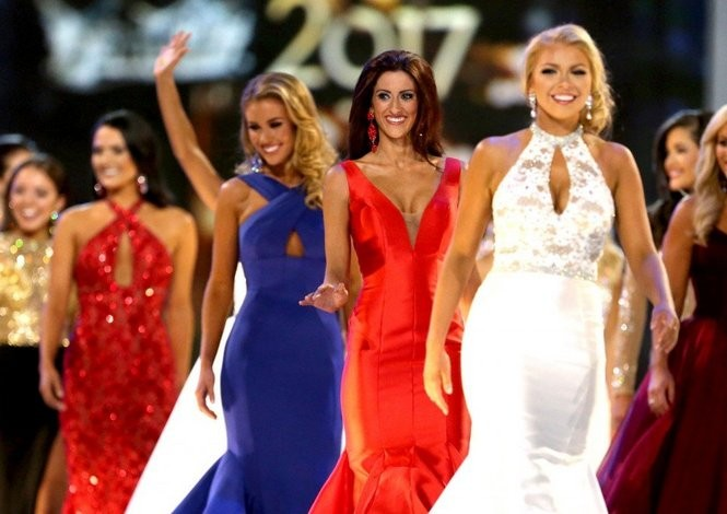 Erin O'Flaherty during evening gown competition at Boardwalk Hall. (Tim Hawk   For NJ.com)