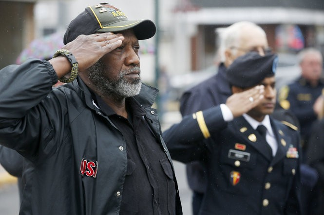 Veteran Harris W. Collins Jr. salutes at a Veterans Day ceremony in Scotch Plains last year. (Ed Murray | NJ Advance Media for NJ.com)