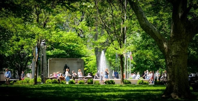Washington Square will welcome several new restaurants this summer. (Photo by M. Kennedy for VISIT PHILADELPHIA(r) )
