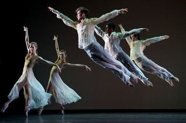 San Francisco Ballet in Christopher Wheeldon's 'Ghosts'