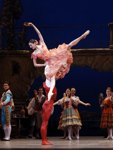 "James Whiteside and Veronika Part in ""Don Quixote"""