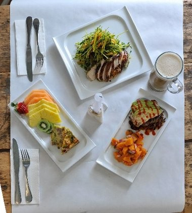 Avon-by-the-Sea's Cavé is a tiny eatery that caters to the Paleo diet, which is modeled after the diet eaten by our Stone ancestors — lots of meat, fish and vegetables, no grain and little or no dairy.