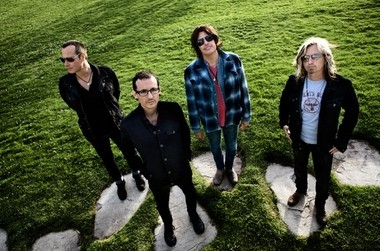 Stone Temple Pilots with Chester Bennington.