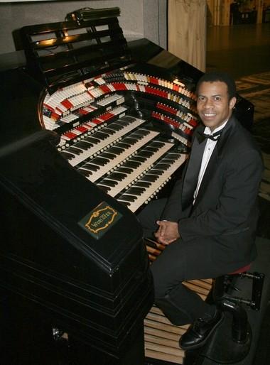 Organist Trent Johnson performs at Radio City Music Hall