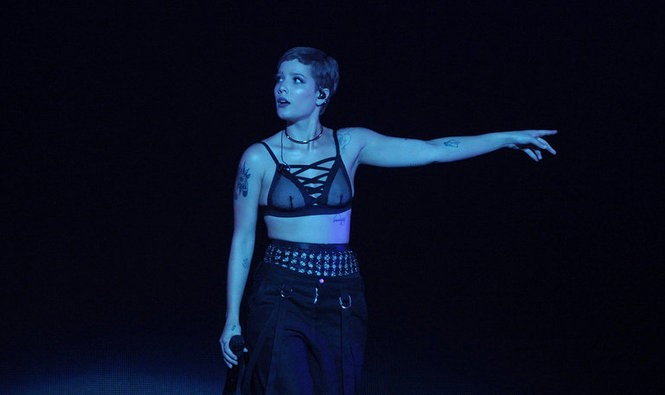 Electro-pop star and New Jersey native Halsey performs for a sold-out Madison Square Garden, 8/13/2016. (Matt Smith   For NJ.com)