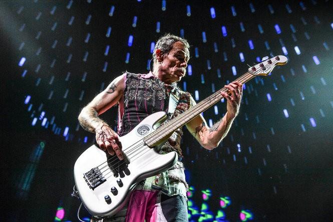 Red Hot Chili Peppers live at Wells Fargo Center in Philadelphia, Feb. 13, 2017. (Mark Brown   For NJ.com)