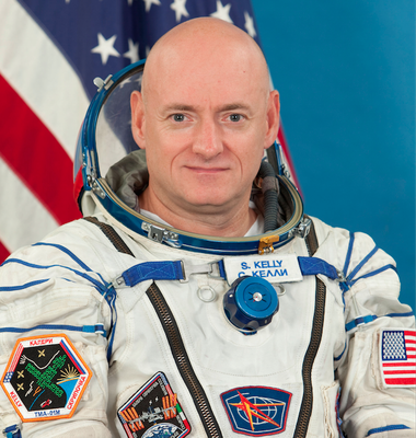 Astronaut Scott Kelly, a West Orange native, will be among Michelle Obama's guests at tonight's State of the Union address.