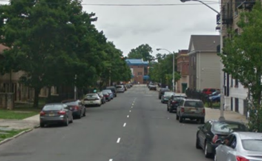 A 24-year-old woman was shot near 82 Broad Street in Newark Sept. 25 (Photo: Google Maps)