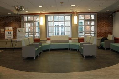 A photo of the renovated lobby. (Courtesy East Orange General Hospital)