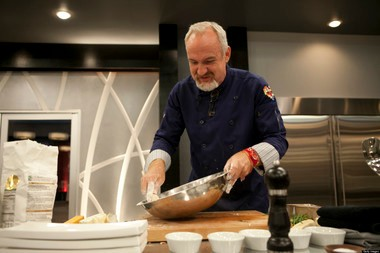 """"""" Art Smith, here competing in the fourth season of """"Top Chef Masters,"""" lost 120 pounds over three years and just released a new cookbook, """"Art Smith's Healthy Comfort."""""""