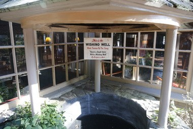The famous wishing well at the Stockton Inn.
