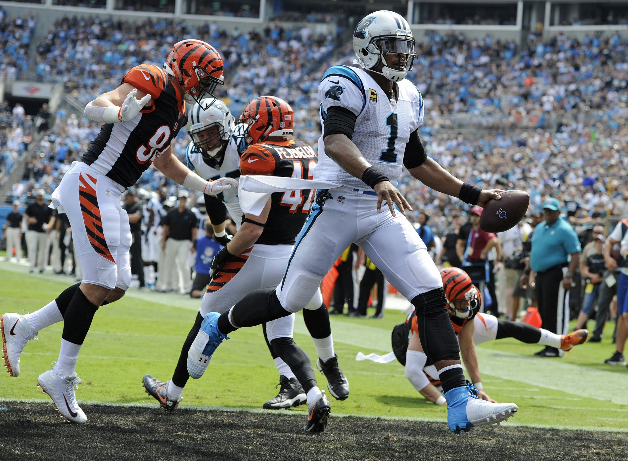 Can Giants defense stop Panthers' Cam Newton on zone reads