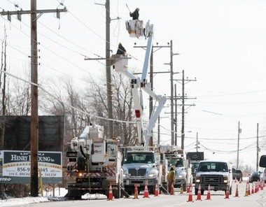 Atlantic City Electric crews make repairs along South Broadway in Pennsville Township, Thursday, Jan. 23, 2014. (File Photo by Britney Lillya/South Jersey Times)