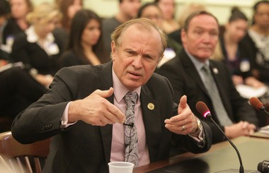 State Sen. Ray Lesniak wants to let foreign gambling companies set up shop in New Jersey. He's seen here in March.