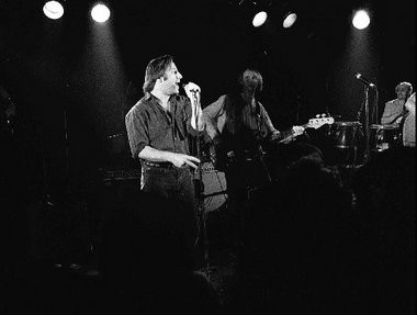 Southside Johnny onstage in 1990.