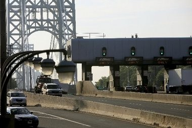 Closure of two of three local access lanes to the George Washington Bridge last month caused massive congestion and political controversy over the motives behind the closures.