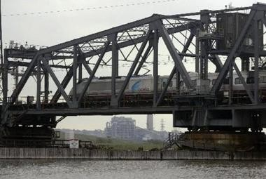 An Amtrak train crosses the Portal Bridge between Kearny and Secaucus in this file photo. (Star Ledger file photo)