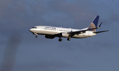 Friendly skies could be joined by friendly rails, under a plan to extend low-cost, convenient PATH service to Newark Liberty International Airport, where this United Airlines 737 took off in 2012.