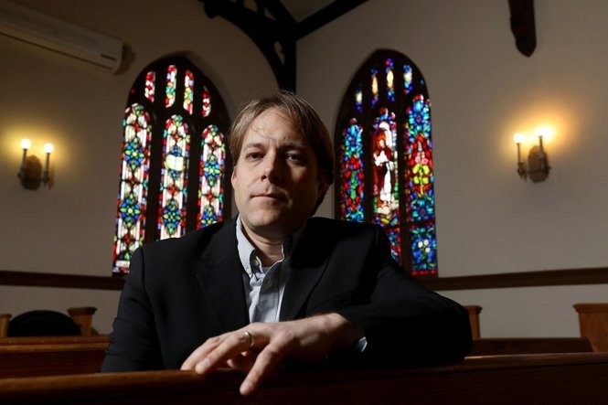 Kaper-Dale in the church sanctuary, reflecting on the country's changing immigration policy. (Ed Murray | NJ Advance Media for NJ.com)