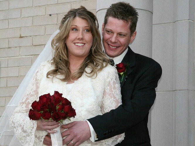 Jennifer Williamson and her husband Kevin Kennedy appear in an undated photo provided by her family. Williamson, a fifth grade teacher at East Brook Middle School in Paramus, and a student at the school were killed in a bus crash in Route 80 Thursday morning. (photo courtesy Kennedy family)