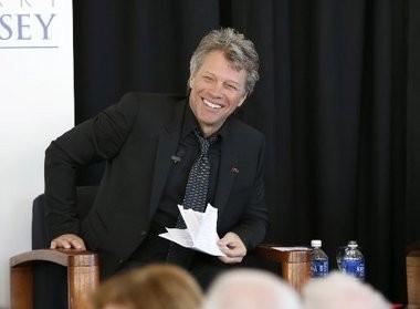 Bon Jovi to give keynote to crowd of 3,000 at Rutgers-Camden