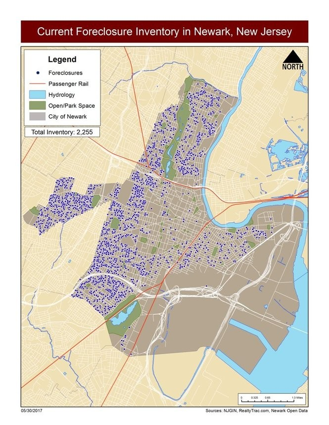According to the American Community Survey, there are 3,577,942 housing units in New Jersey; 388,456 of which are recorded as vacant.