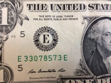 "It says it right there on the bill -- ""This note is legal tender for all debts, public and private'' -- but nowadays, there oughtta be a law requiring that note be honored, columnist Joan Quigley writes."