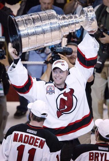 Martin Brodeur Ex Devils Goalie Puts His N J Townhouse Up For