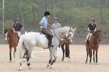 George Morris teaching from horseback at last year's Gladstone clinic.
