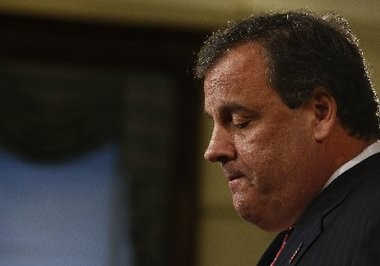 Chris Christie: If you really want to sound like a moron, blame the media for Bridgegate instead of him.