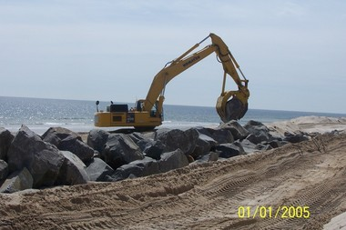 Construction proceeds on the privately funded sea wall in southern Bay Head and northern Mantoloking; such shore protection measures should be mandatory for the owners, not optional. (Note: ignore the date on this photo; it is incorrect)