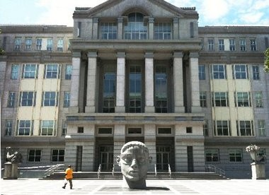 The U.S. Federal Courthouse in Newark. A Suffern, N.Y. man pleaded guilty there Momday to racketeering conspiracy for participating in an illegal online gambling rin..