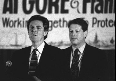 Rep. Frank Pallone introduces then Vice President Al Gore at an Edison Fundraiser in 1994. Both men have made the environment a central issue.