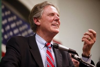 Rep. Frank Pallone thanks supporters after defeating tea party candidate Anna Little in the 2010 mid-term election.