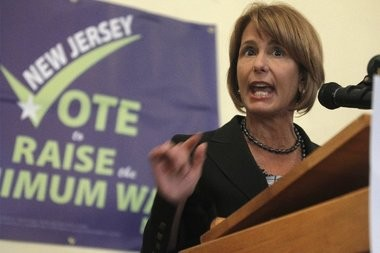 Democratic gubernatorial candidate Barbara Buono will have to pull of an upset without the help of President Barack Obama, according to the Associated Press.