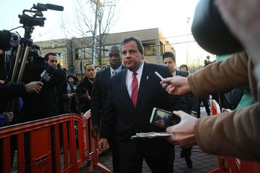 Gov. Chris Christie arrives at Borough Hall in Fort Lee to apologize to Mayor Mark Sokolich on January 9.