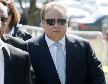 Dr. Salomon Melgen arrives at federal court in Newark Thursday afternoon. (Ed Murray | NJ Advance Media for NJ.com)