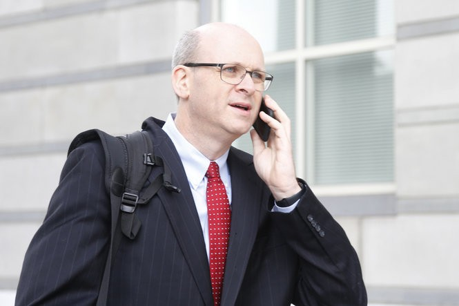 Marc E. Elias, a lawyer who hired the research firm that produced the Trump Russia dossier for the Clinton Campaign and the Democratic National Committee, leaves the federal courthouse in Newark after U.S. District Judge William Walls refused to let the defense call him as a witness in the trial of U.S. Sen Robert Menendez, D-N.J.. (Aristide Economopoulos | NJ Advance Media for NJ.com)