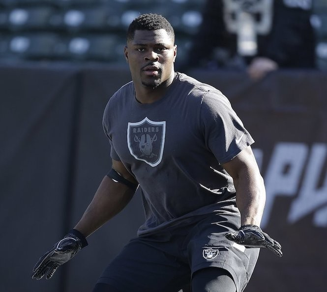 the latest f3df4 6115a Raiders' Khalil Mack traded: What was the price? Here's the ...