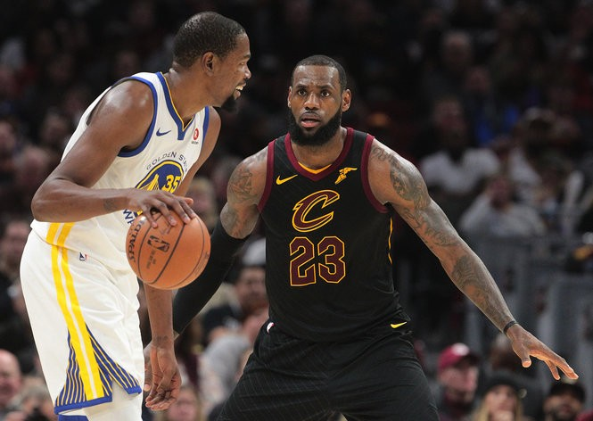 sports shoes 96f85 c19ef NBA rumors: Cavaliers' LeBron James to Warriors? Sixers ...