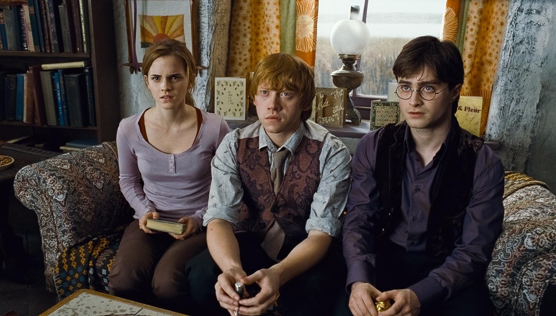 harry potter naked in deathly hallows