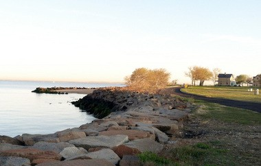 A pleasant weather pattern produced tranquil conditions in Sandy Hook this morning.