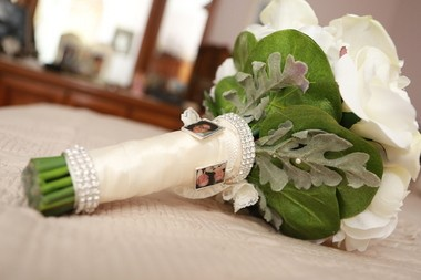 Christina McNulty used silk flowers in her wedding bouquets. (Absolute Celebrations)
