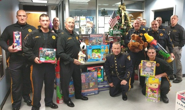 Somerset County sheriff thanks community for Toys for Tots