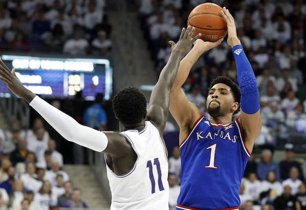 Kansas forward Dedric Lawson will lead the Jayhawks in the 2019 NCAA Tournament. (AP Photo | Tony Gutierrez)