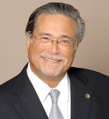 Micky Arison, longtime CEO of the Carnival cruise company, stepping down in summer 2013 to become solely board chairmain