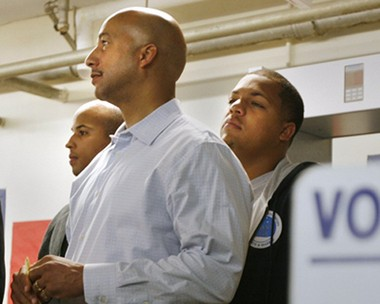 Former New Orleans Mayor Ray Nagin and his sons Jarin, left, and Jeremy, in November 2008.