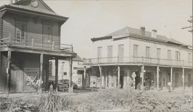 The building on the right is LoCicero's grocery, restaurant and bar at 501 South Liberty in New Orleans. Photographed in 1949 by Bill Russell. Courtesy of the Hogan Jazz Archive, Special Collections, Howard-Tilton Memorial Library. Tulane University